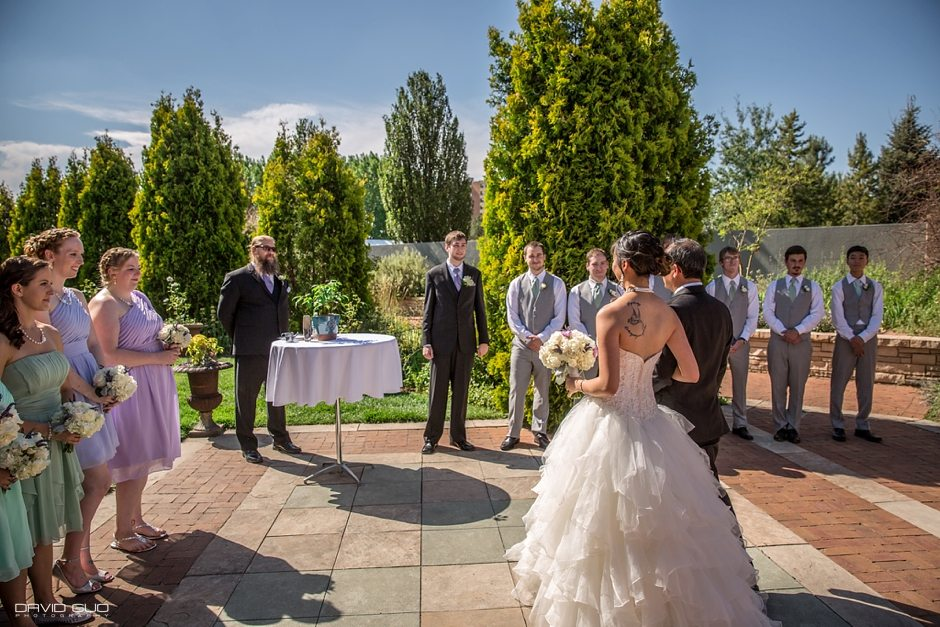 Amy jobi colorado wedding photographer david guo for Denver botanic gardens wedding